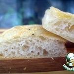 Фокачча с чесночно-сырной корочкой
