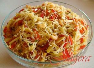 Рецепт Азиатский салат из лапши с креветками