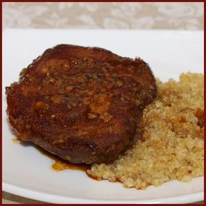 Рецепт Нежное мясо в кунжуте с медовым соусом терияки и зернами киноа