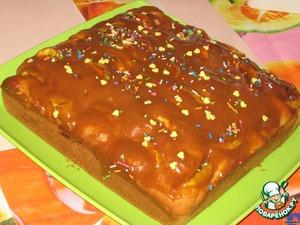 Рецепт Молочный пирог с яблоками в карамельной заливке