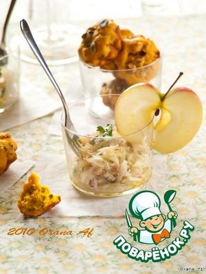 """Рецепт Салат """"Нежный кальмар"""" с яблоком"""
