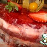 Сметанный торт-суфле с клубникой