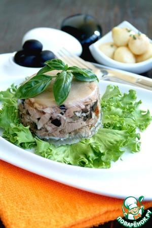Рецепт Мини-террины из свиной рульки с маслинами, каперсами и вялеными томатами