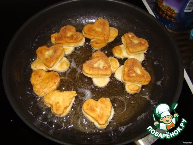 Жареное тесто на сковороде