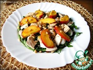 Рецепт Салат из рукколы, курицы и нектаринов