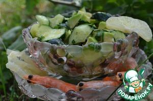 Рецепт Салат из огурцов, авокадо и лимона