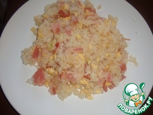 Рецепт Жареный рис с яйцом и беконом