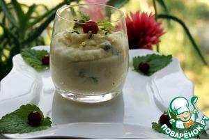 Рецепт Манная каша с фисташками на кокосовом молоке