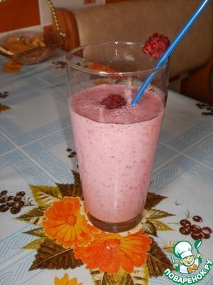 Рецепт Молочно-малиновый коктейль