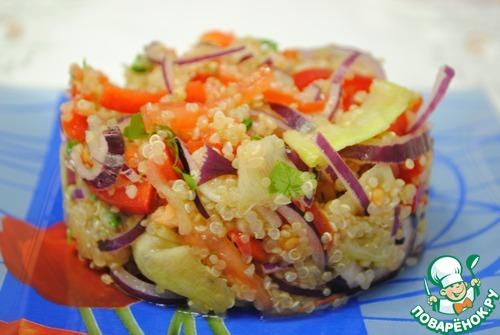 Салат с киноа с овощами