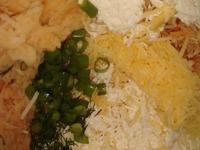 Оладьи из картошки, батата и сыра с йогуртовым соусом ингредиенты