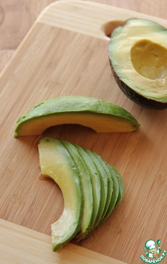 креветки с авокадо