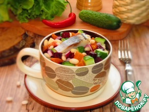 Рецепт Винегрет с белой фасолью и сельдью