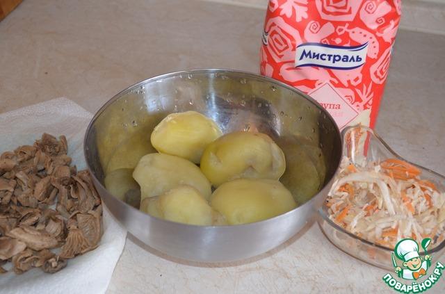 Пирог с квашеной капустой и картошкой рецепт с пошагово в духовке