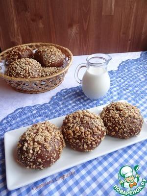 Рецепт Шоколадные булочки с сырной начинкой и арахисом