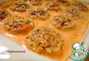 Рецепт Тефтели с грибами, запеченные в духовке в томатно-сметанном соусе