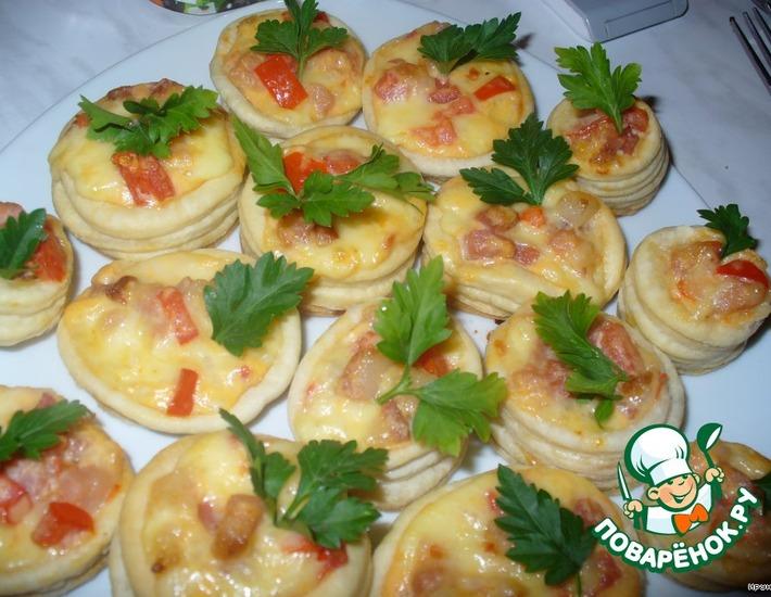 Рецепт: Тарталетки с сыром и беконом