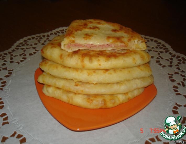 Лепешки с колбасным сыром