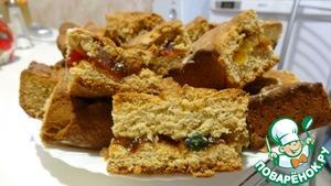 Рецепт Медовый пирог с цукатами и изюмом