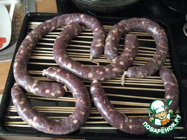 Приготовить домашнюю колбасу из лосятины