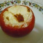 Горячая закуска  Яйцо запеченное в помидоре