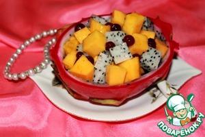 Рецепт Легкий десерт из манго и питахайя