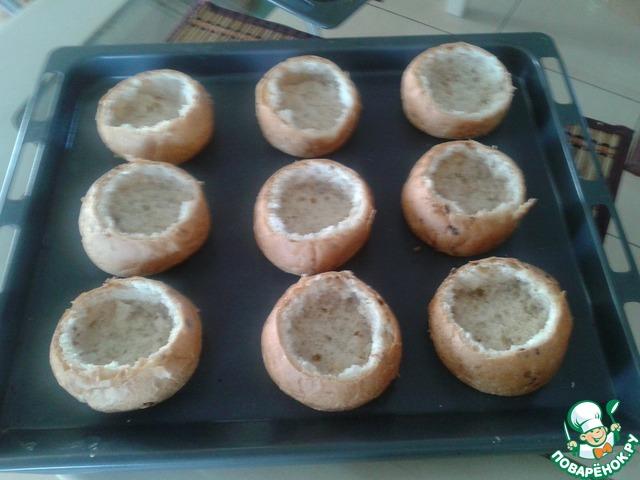 жульен с грибами и курицей в булочке рецепт