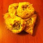 Пироги с пангасиусом из слоеного теста