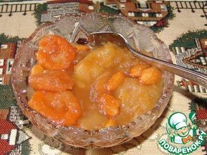 Рецепт Яблочное варенье с курагой и миндалем