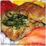 Запеченная свинина со свекольной ботвой