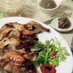 Фаршированные перепела с соусом из чечевицы и грибов
