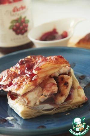 Рецепт Закусочный тост с курицей и луковым чатни