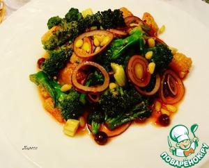 Рецепт Салат из брокколи под брусничным соусом
