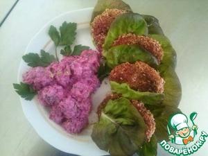 Рецепт Освежающий свекольный салат и картофельно-морковные котлеты