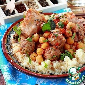 Рецепт Курица с нутом и мясными шариками с булгуром в томатном соусе