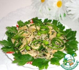 Рецепт Куриный салат с рисом и зелёным горошком