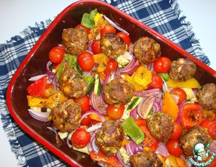 Рецепт: Тефтели с пармезаном и печёные овощи