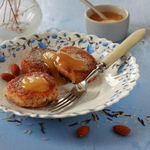 Рецепт Сырники с рисом и миндалем