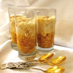 Яблочно-коричный десерт с миндально-рисовым кремом