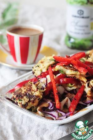 Рецепт Закусочный салат с рулетом из кабачковых оладий