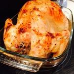 Запеченая курица с чесноком и луком