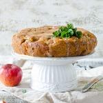 Яблочный пирог с заливкой из кефира и сгущенки