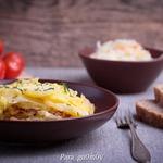 Картофельная запеканка с квашеной капустой