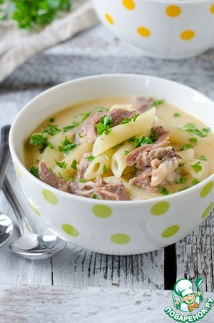 Chicken cream soup with pasta