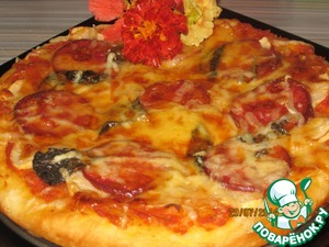 Рецепт Яблочная пицца с салями
