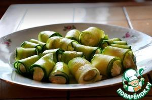Рецепт Огуречные рулетики с творожно-сырно-чесночной начинкой