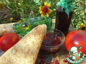 Рецепт Кетчуп из помидоров и красной смородиной
