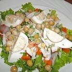 Салат c авокадо и сельдью