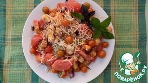 Рецепт Салат летний с домашними сухариками и помидорами