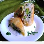 Картофель с зелёным горошком и беконом в рисовой бумаге